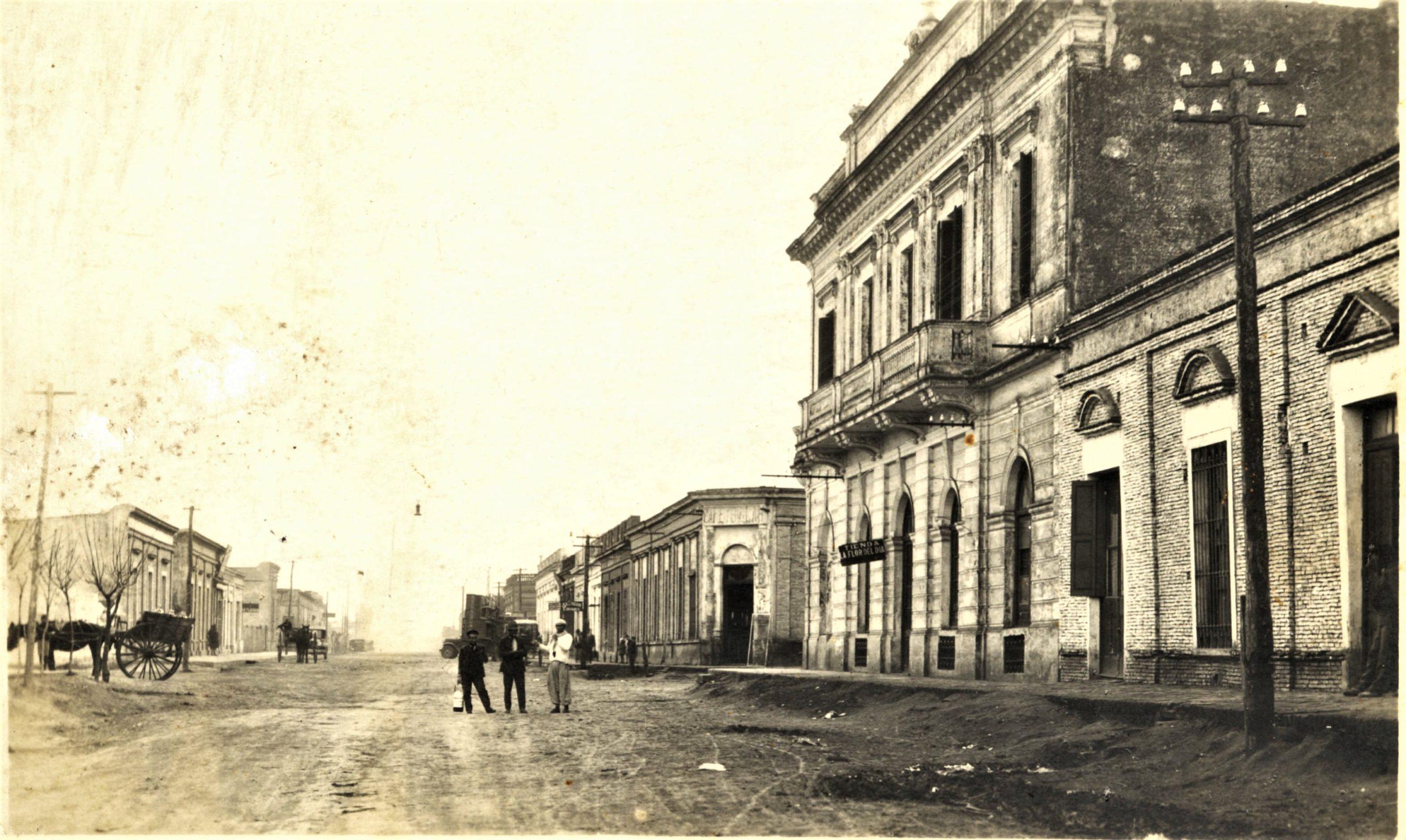 Av. Rivadavia y la calle que cruza es Italia.