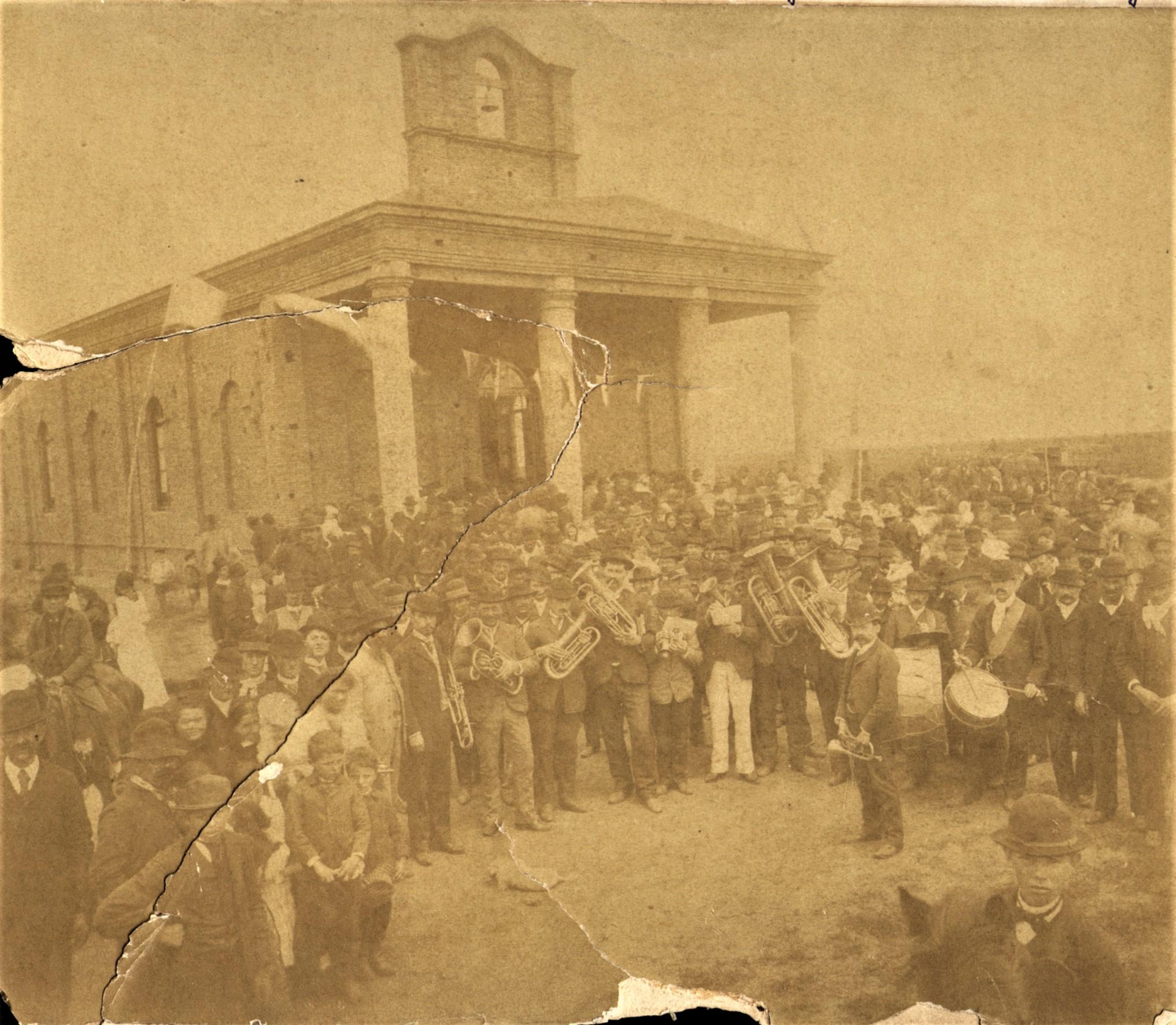 Inauguración vieja Iglesia San Carlos. 4/11/1891.